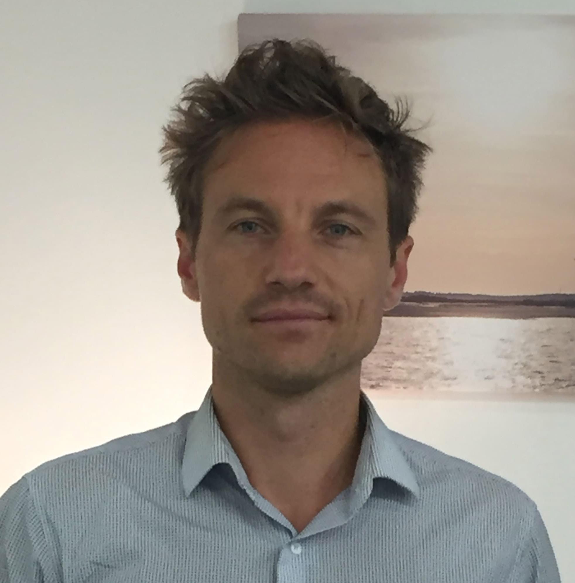 Dr. Benjamin Merlot - Spécialiste endométriose
